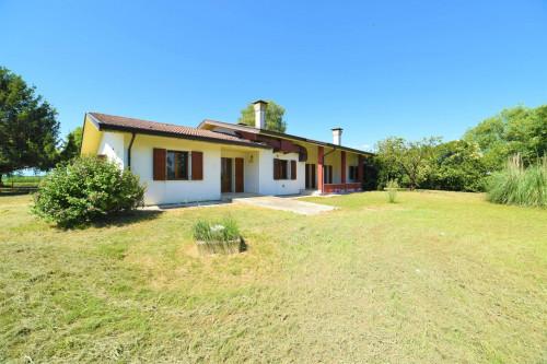 Villa in Vendita a Ronchis