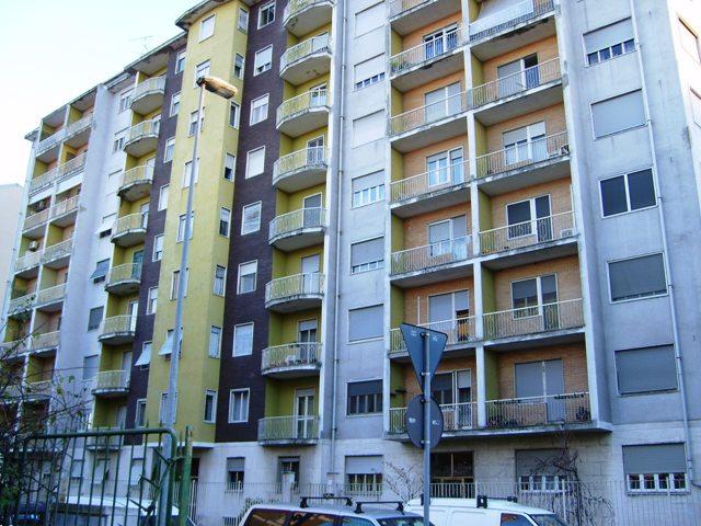 Bilocale Vercelli Via Chivasso 9