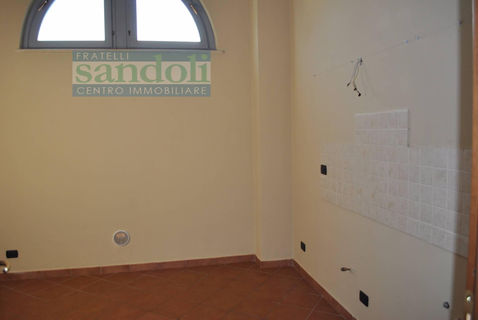 Bilocale Vercelli Via Simone Di Collobiano 8