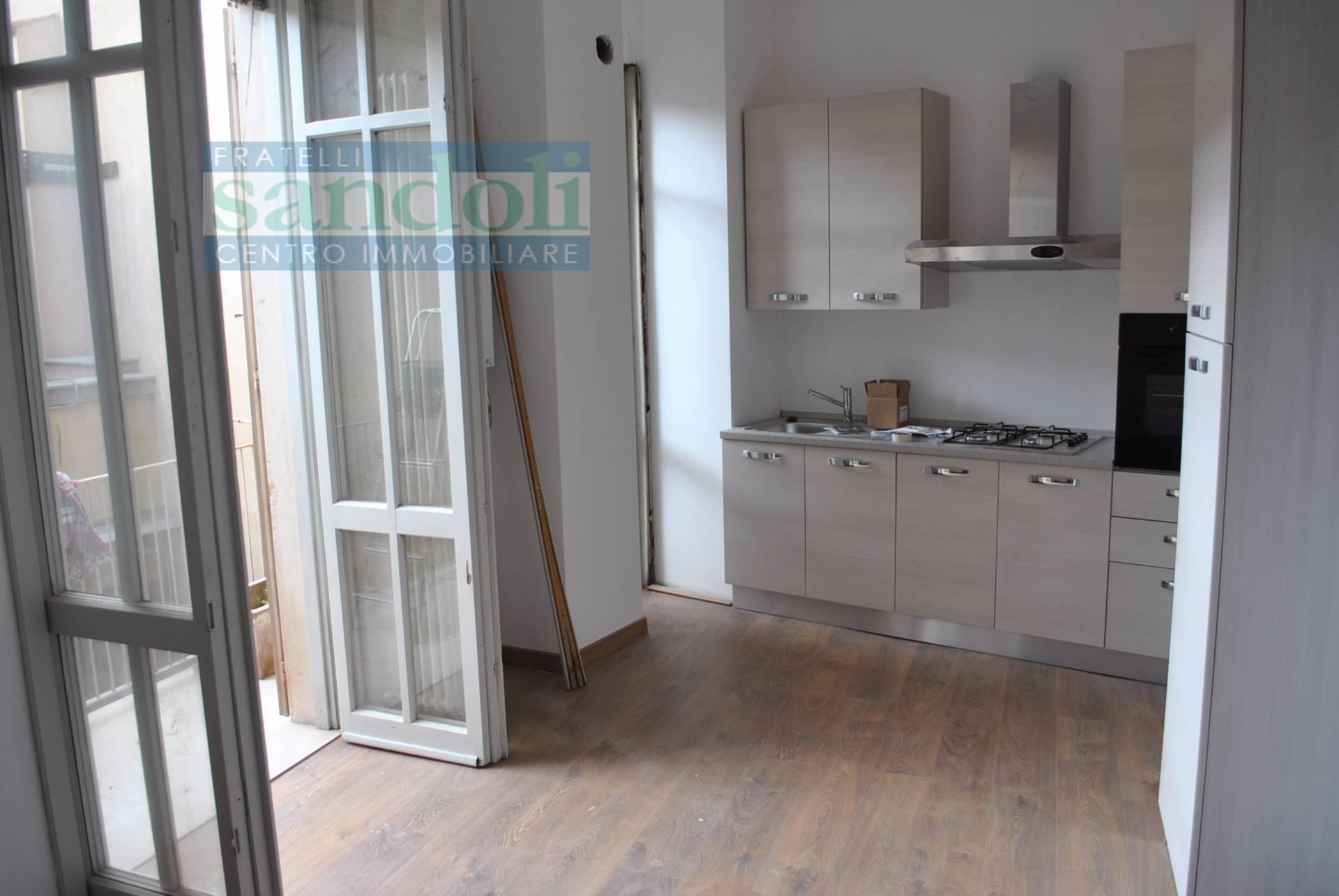 Bilocale Vercelli Via C. Gallardi 1