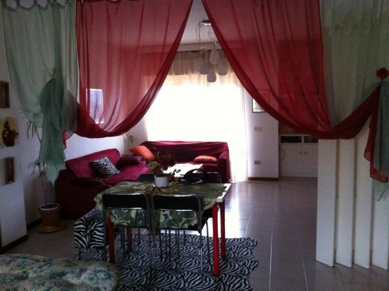 Appartamento in vendita a Ancarano, 3 locali, prezzo € 95.000 | CambioCasa.it