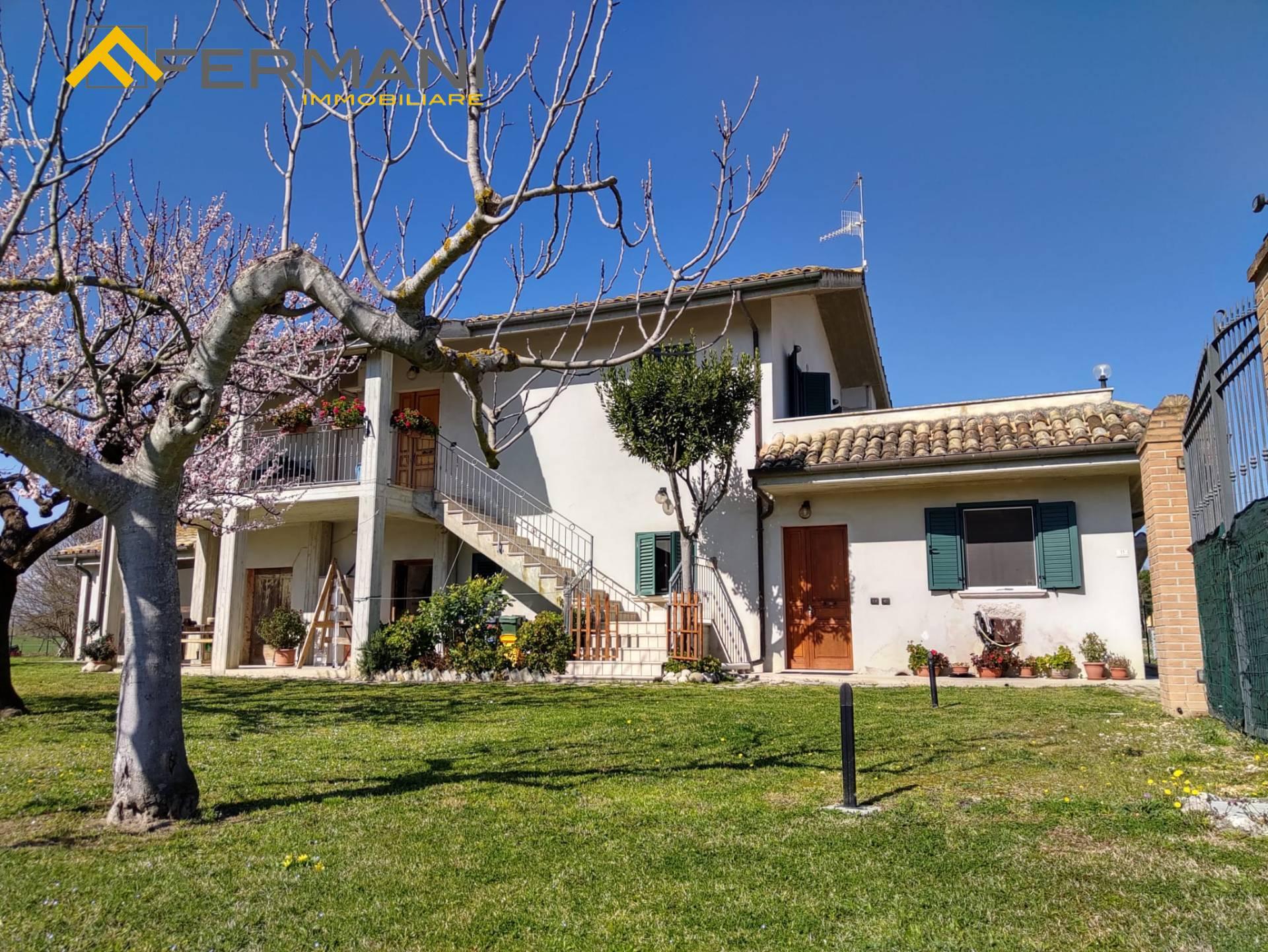 Villa in vendita a Colli Del Tronto (AP)