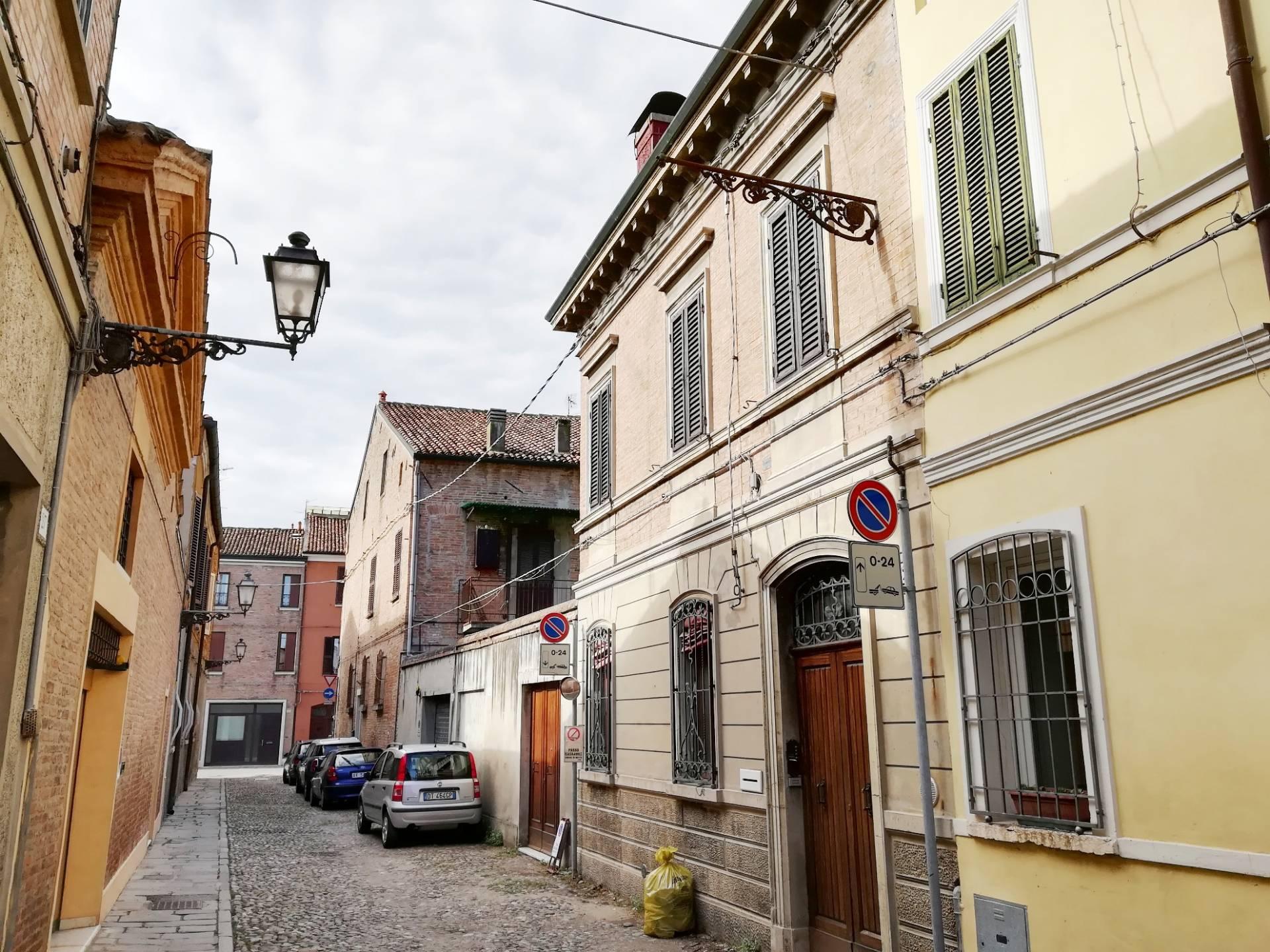 Ufficio Turismo A Ferrara : Appartamento a ferrara fe . case a ferrara fe ilovecasa.eu