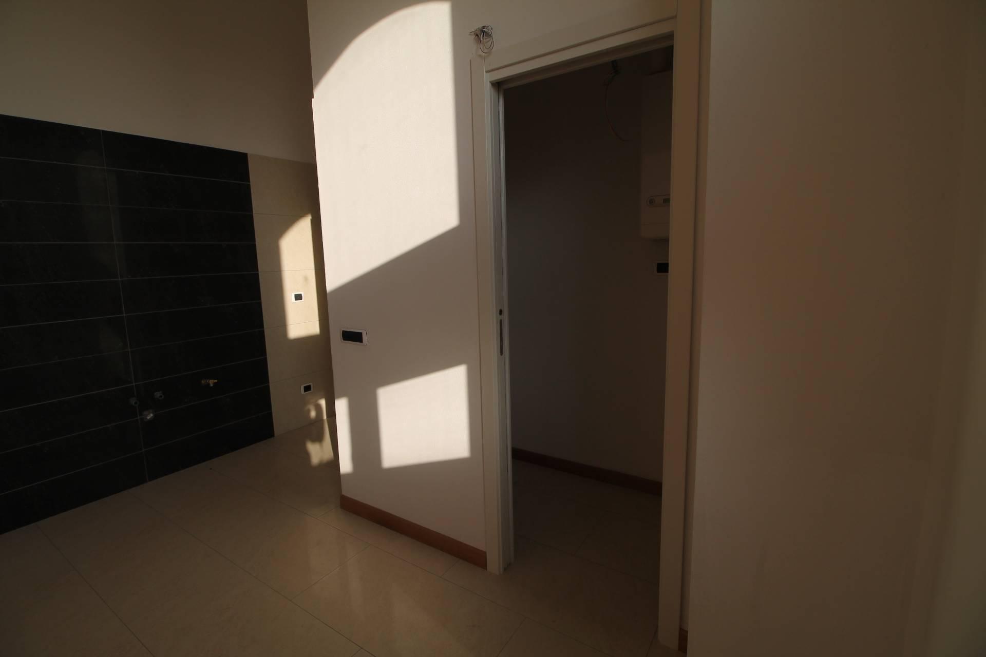 Appartamento in vendita, rif. V1216B