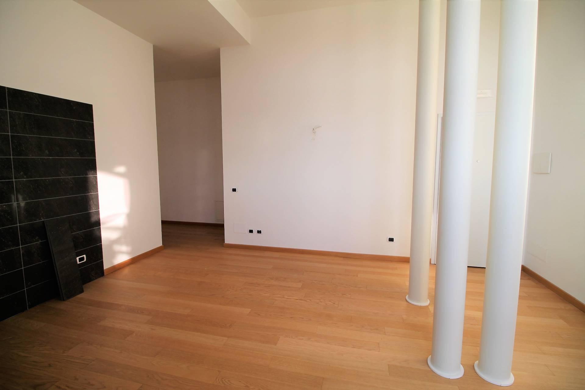Appartamento in vendita, rif. V1215B