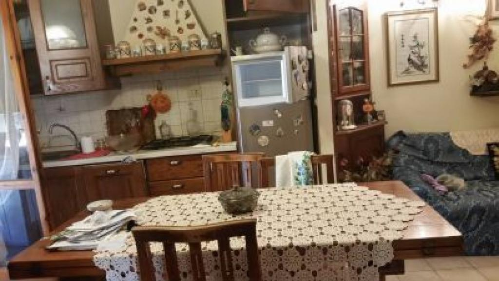 Appartamento in vendita, rif. v2410