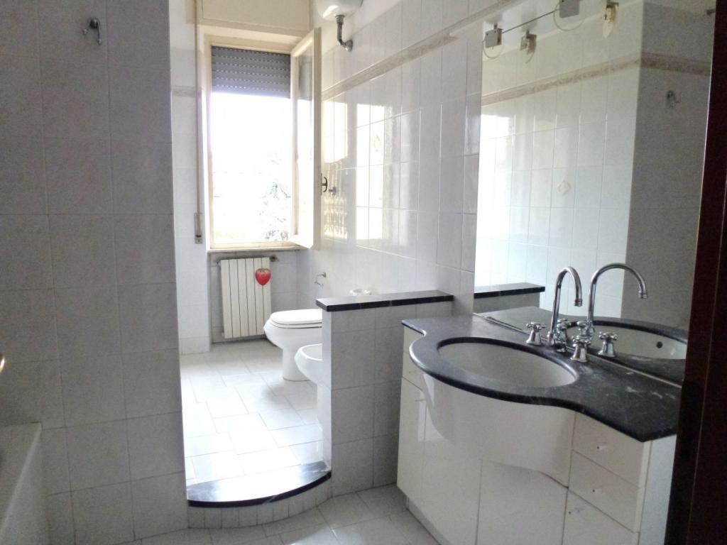 Appartamento in vendita, rif. v2364