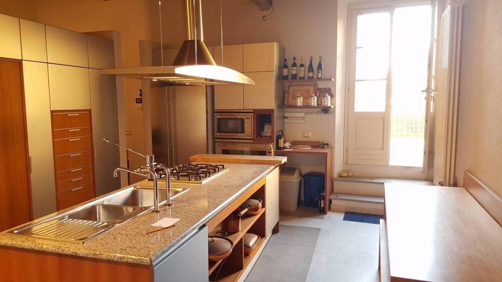 Appartamento in vendita, rif. v2373