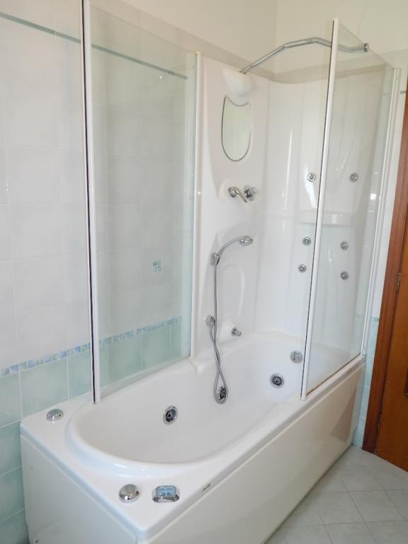 Appartamento in vendita, rif. v2382
