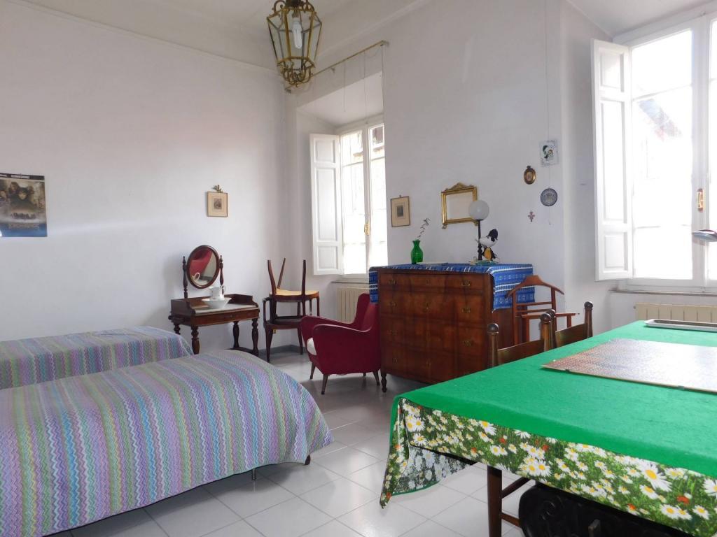 Appartamento in vendita, rif. V2392
