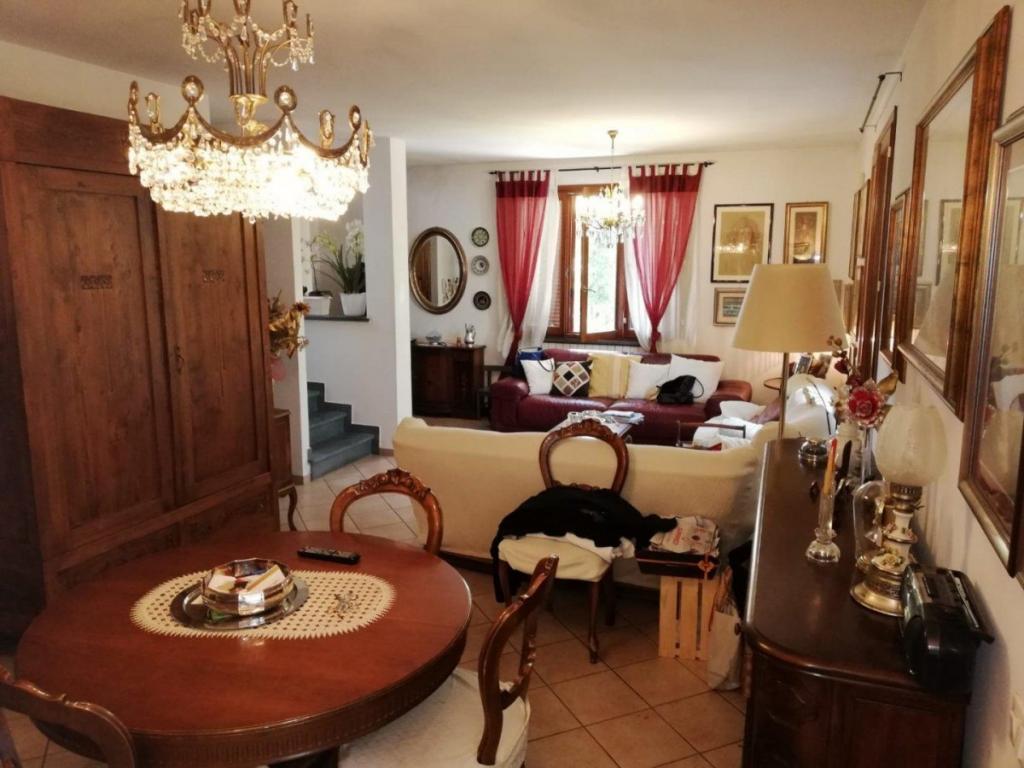 Villetta bifamiliare in vendita, rif. v2404