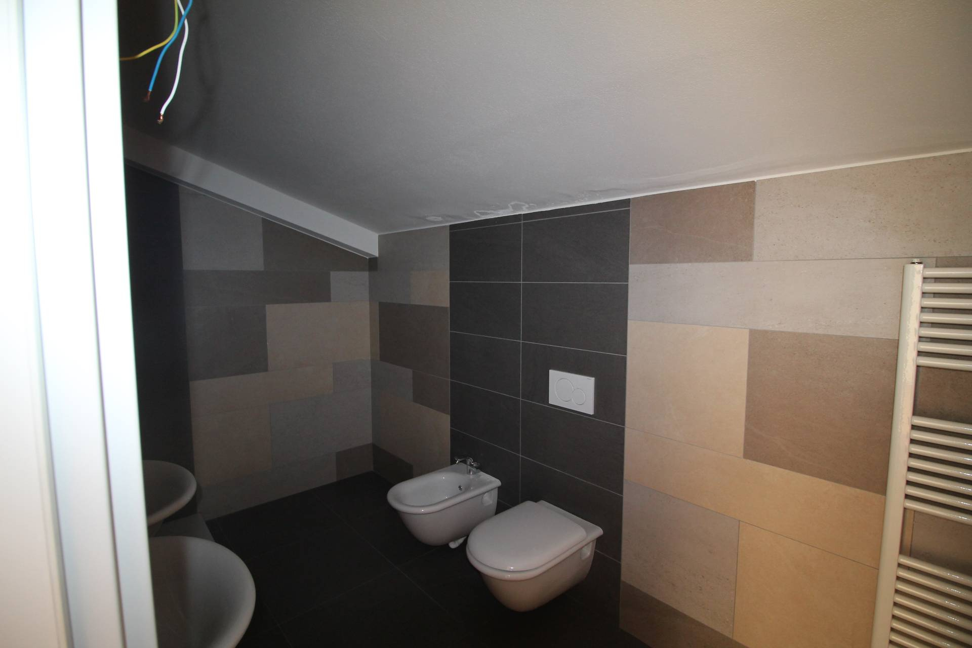 Appartamento in vendita, rif. v2417B