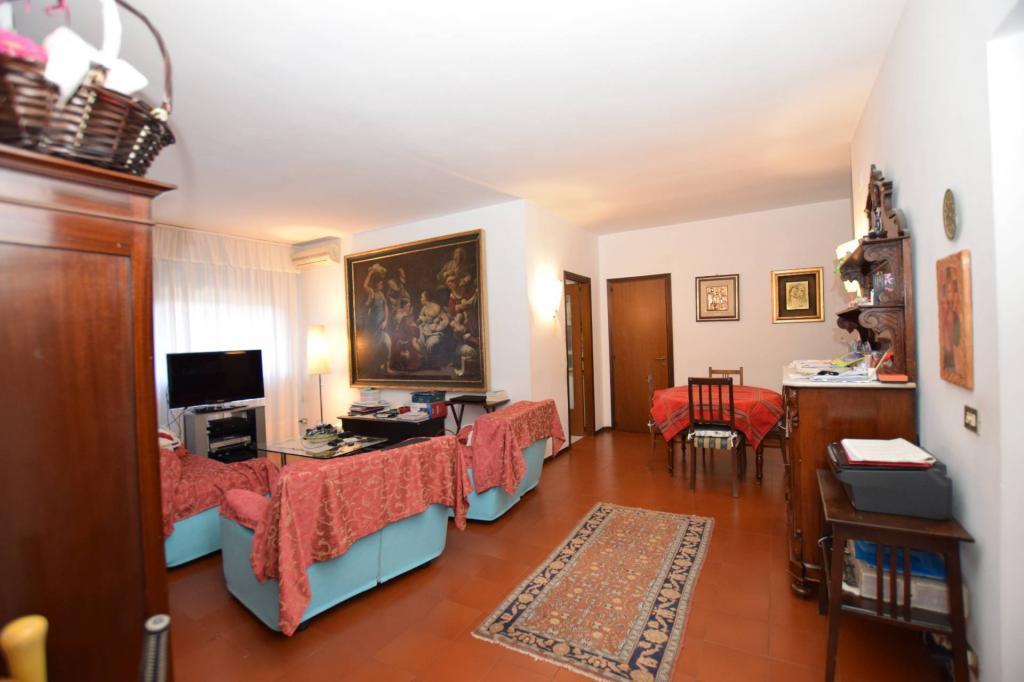 Appartamento in vendita, rif. v2576