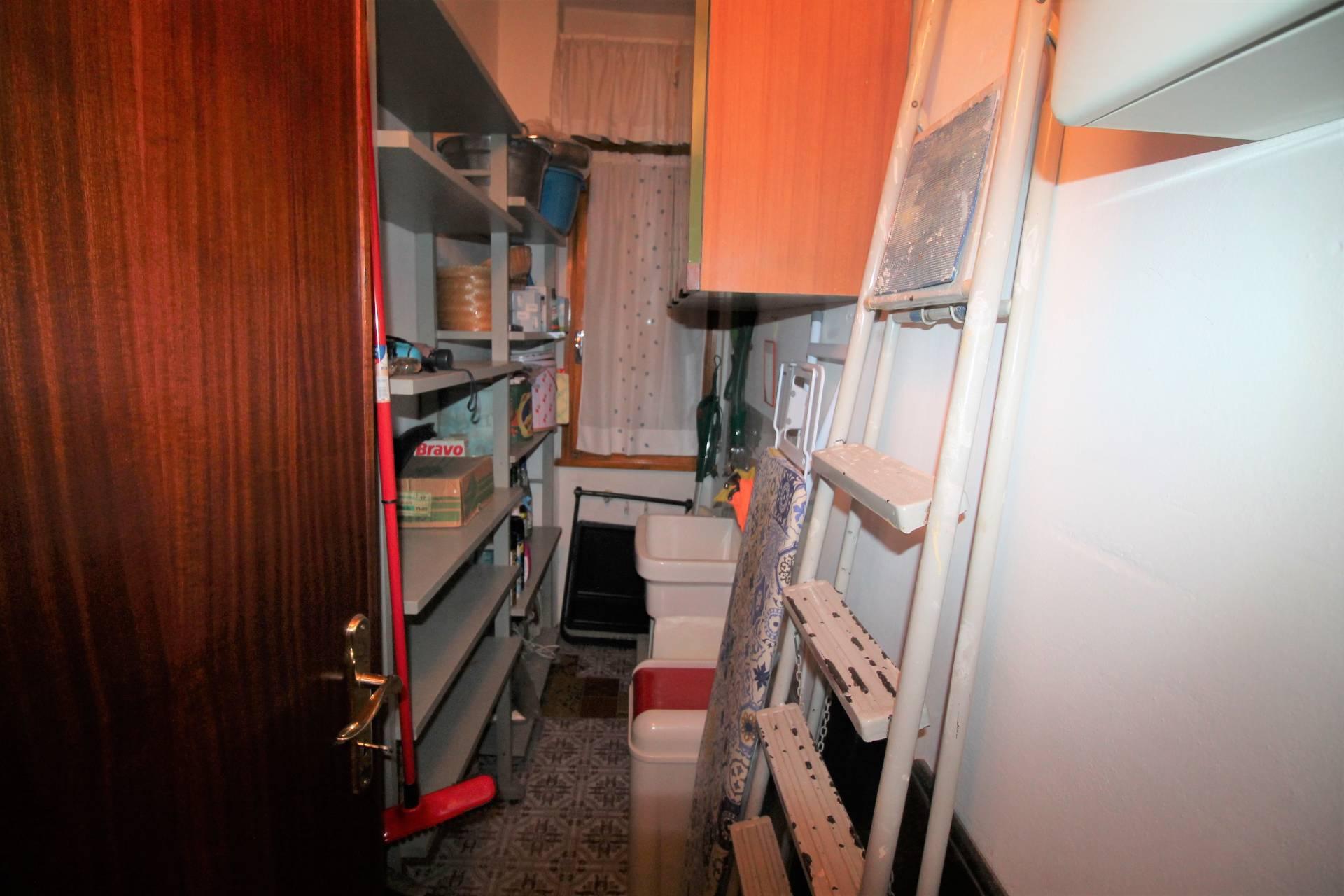 Appartamento in vendita, rif. V2571UC