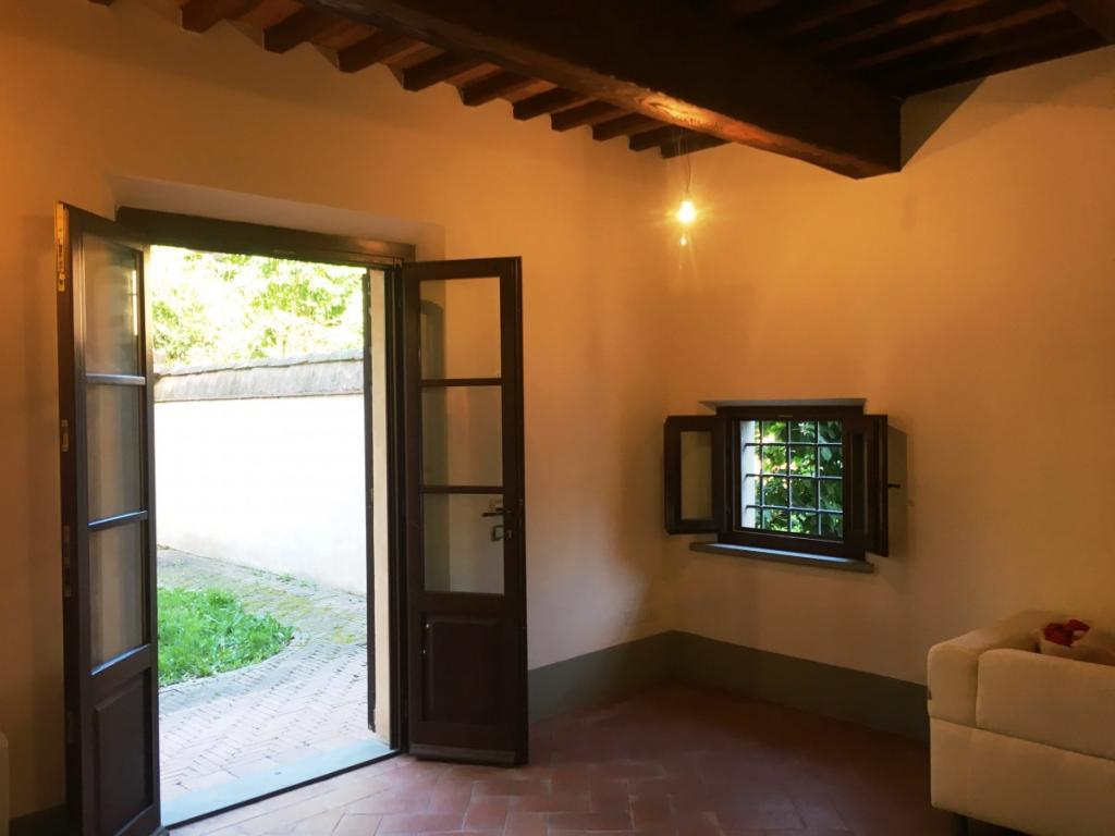 Appartamento in Vendita, rif. V2589
