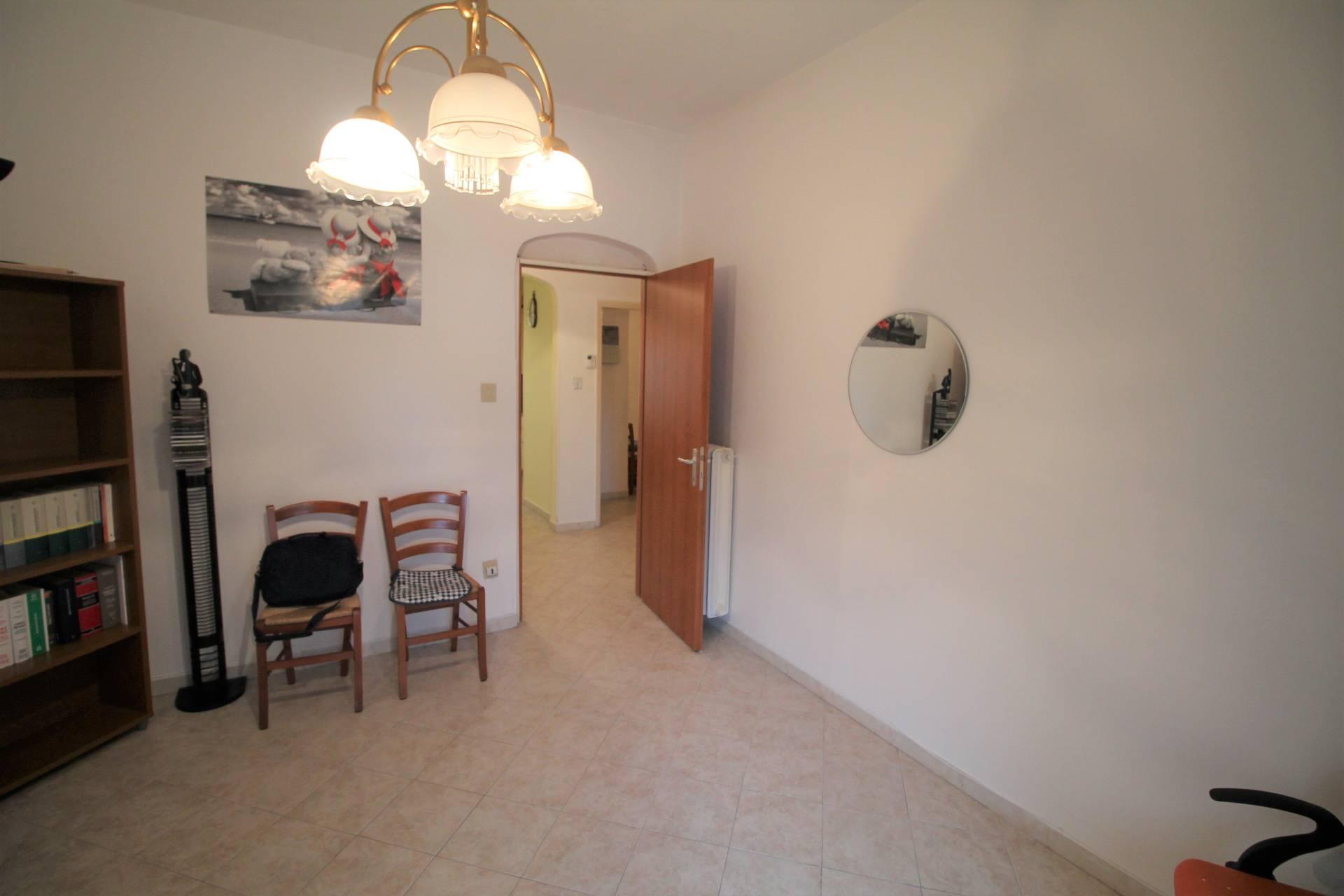 Appartamento in vendita, rif. V2630B