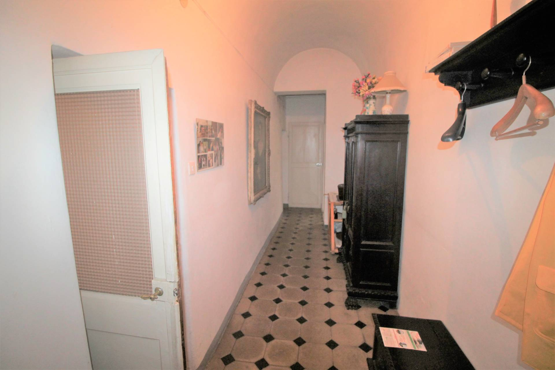 Appartamento in vendita, rif. V2695B