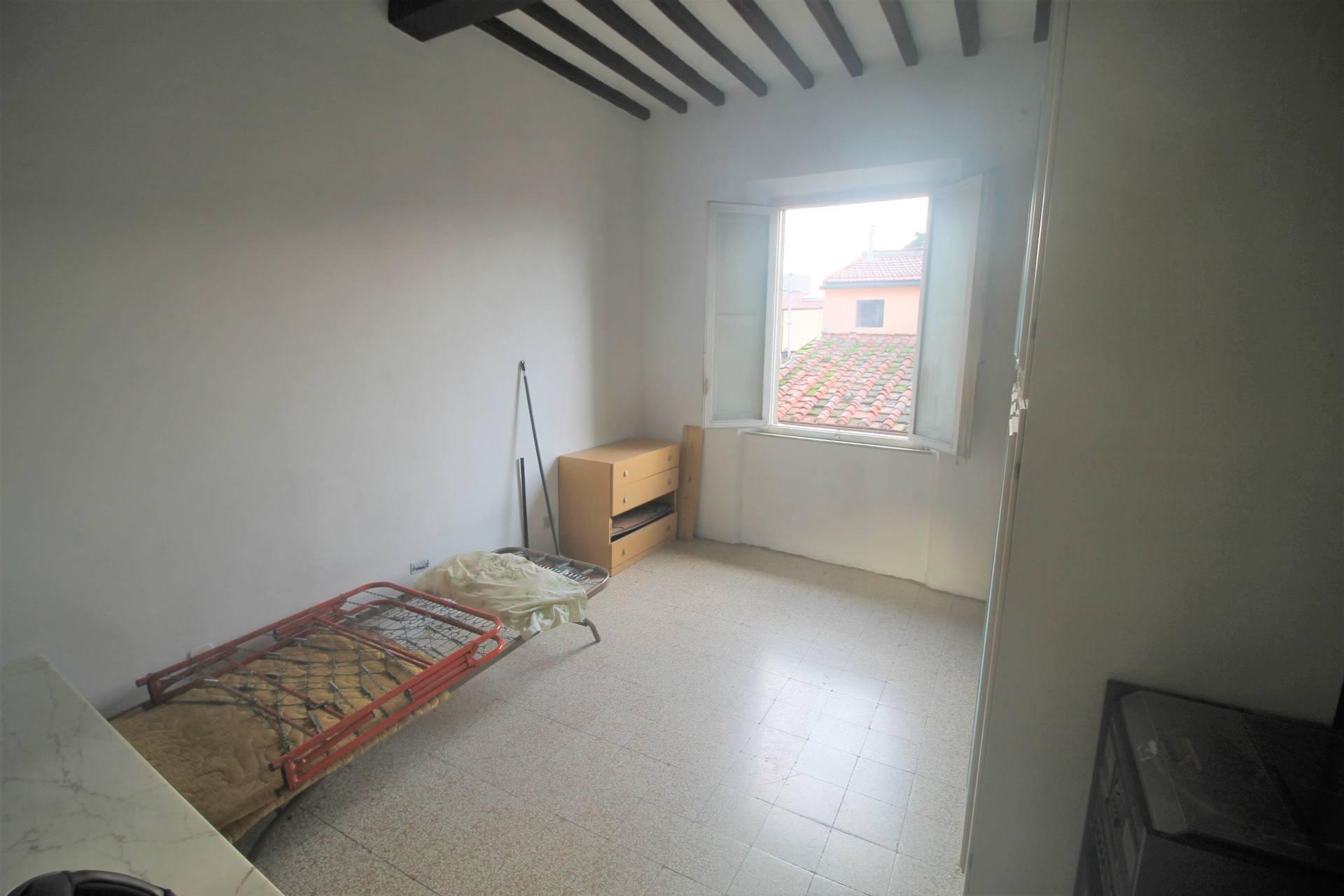 Appartamento in vendita, rif. V2765b