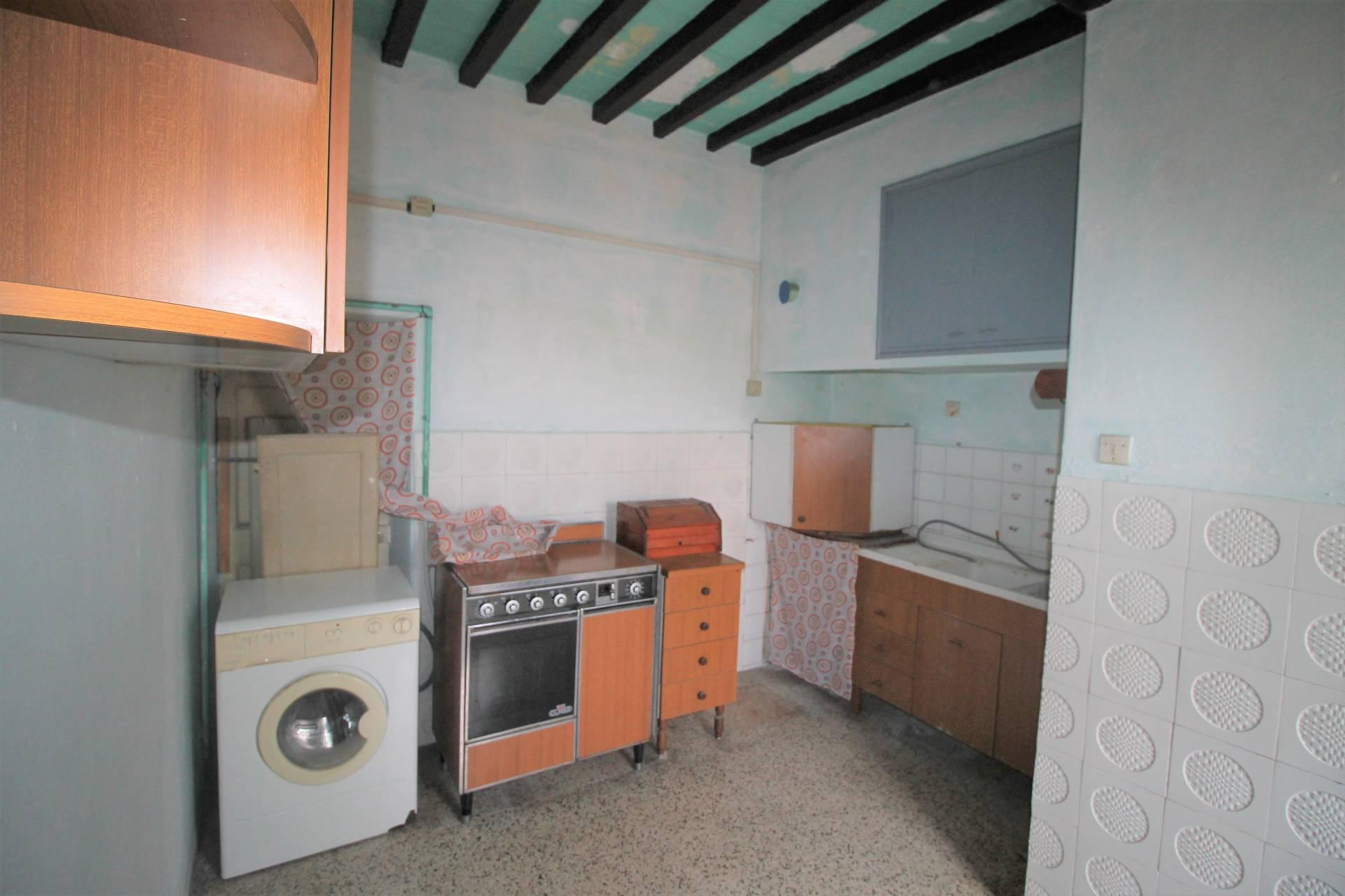 Appartamento in vendita, rif. V2765