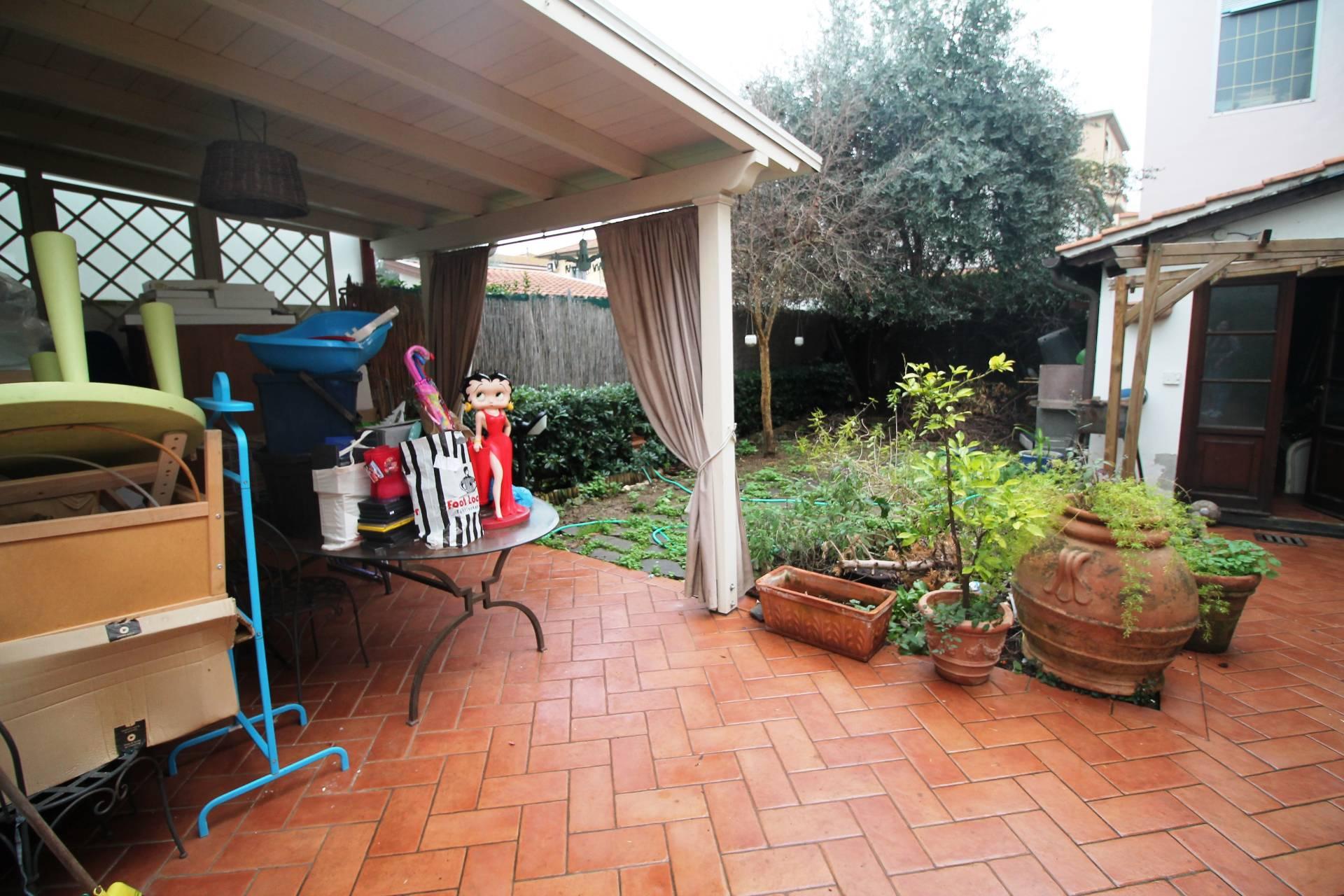 Villetta bifamiliare in vendita, rif. V2772B