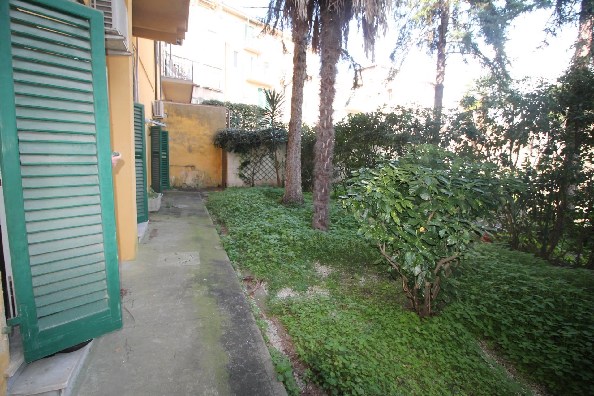 Appartamento in vendita, rif. V2775B