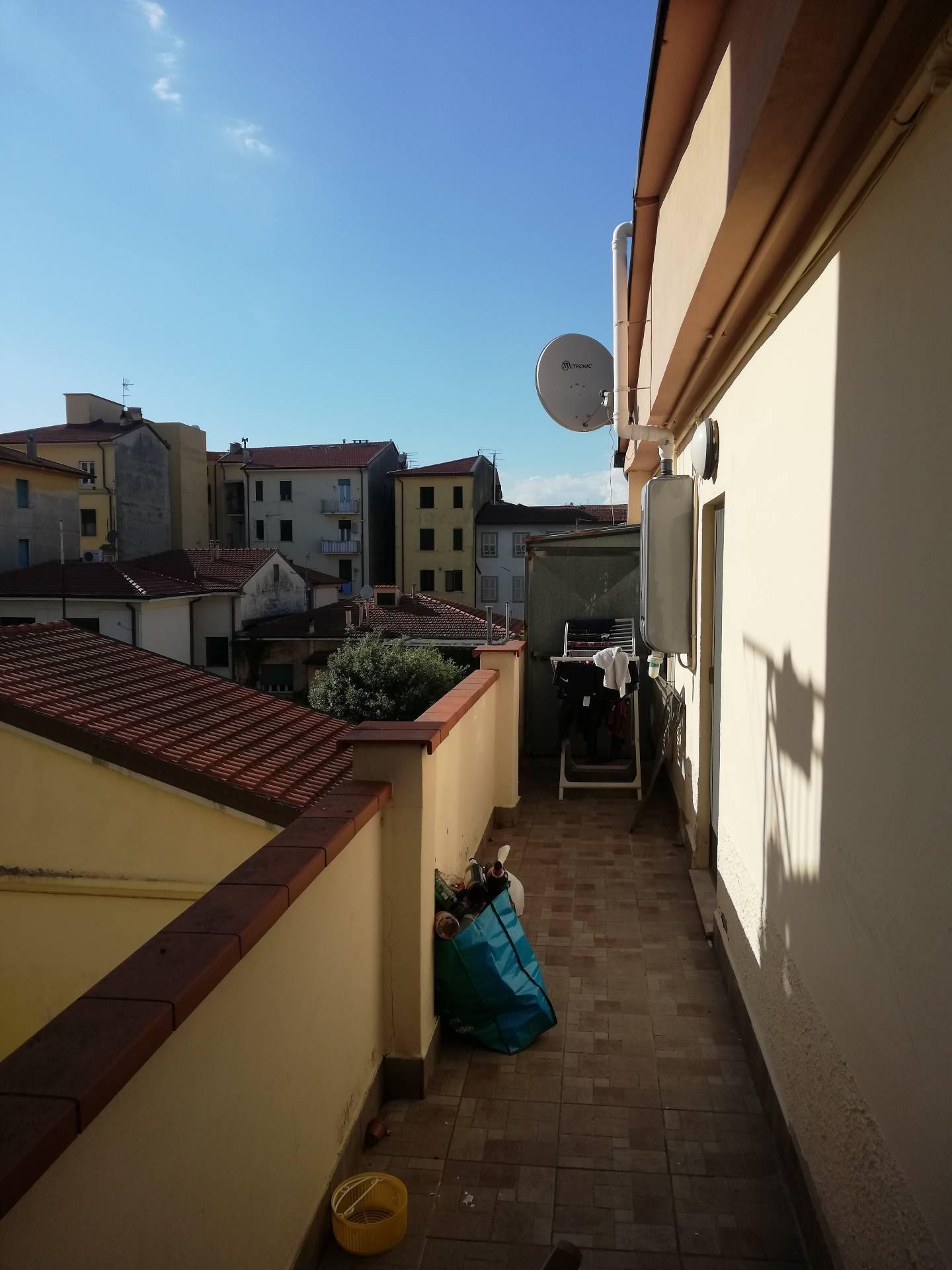 Appartamento in affitto, rif. aff 32