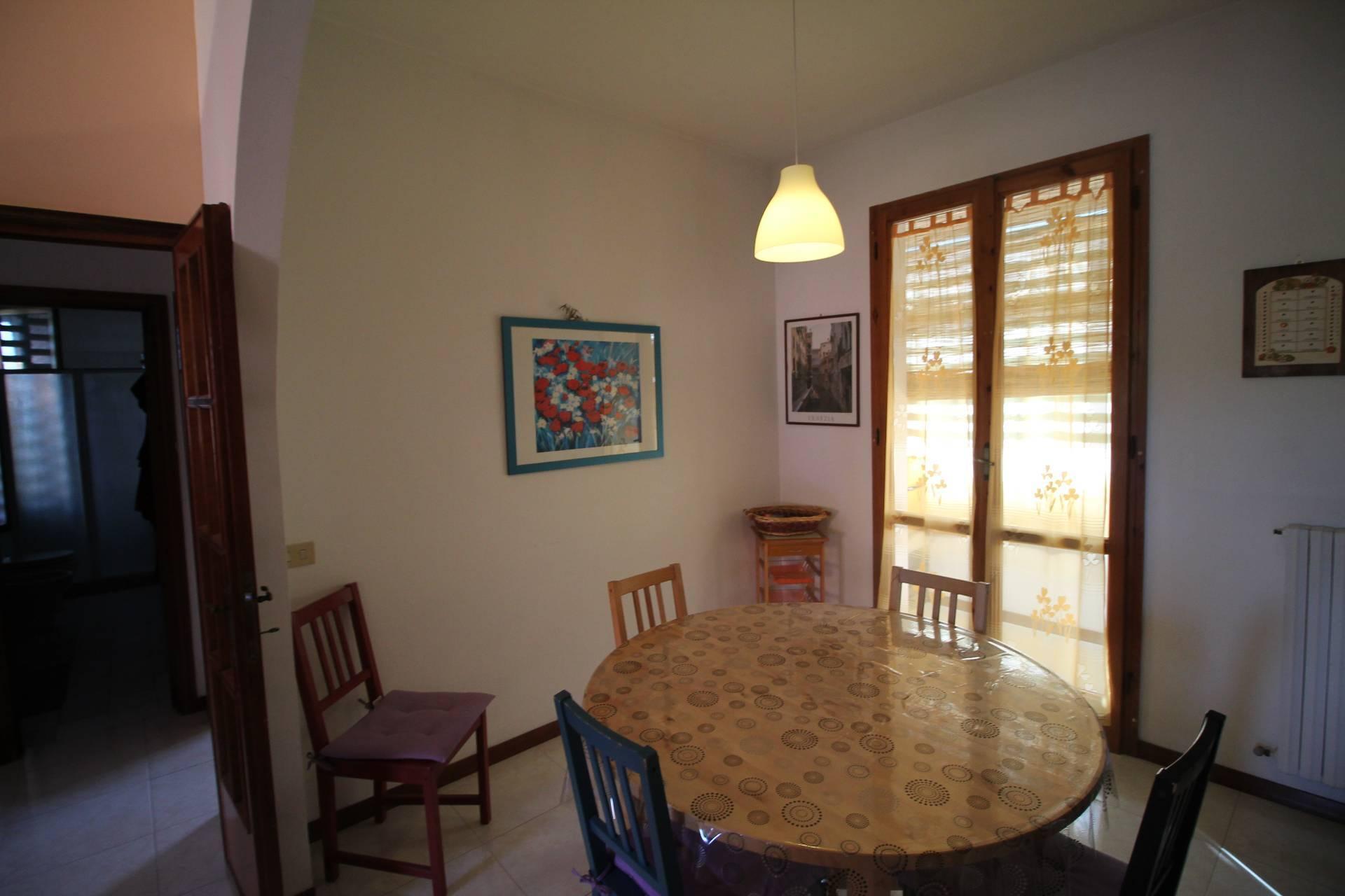 Appartamento in vendita, rif. V2787B