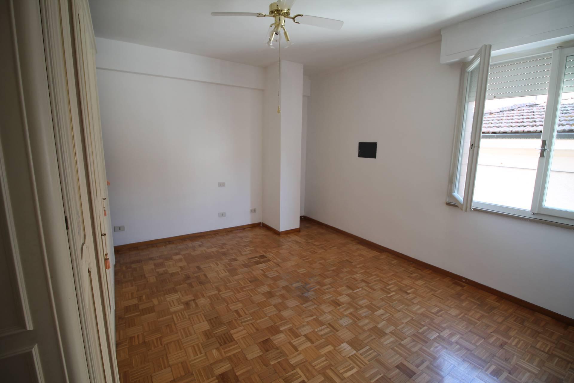 Appartamento in vendita, rif. V2792B