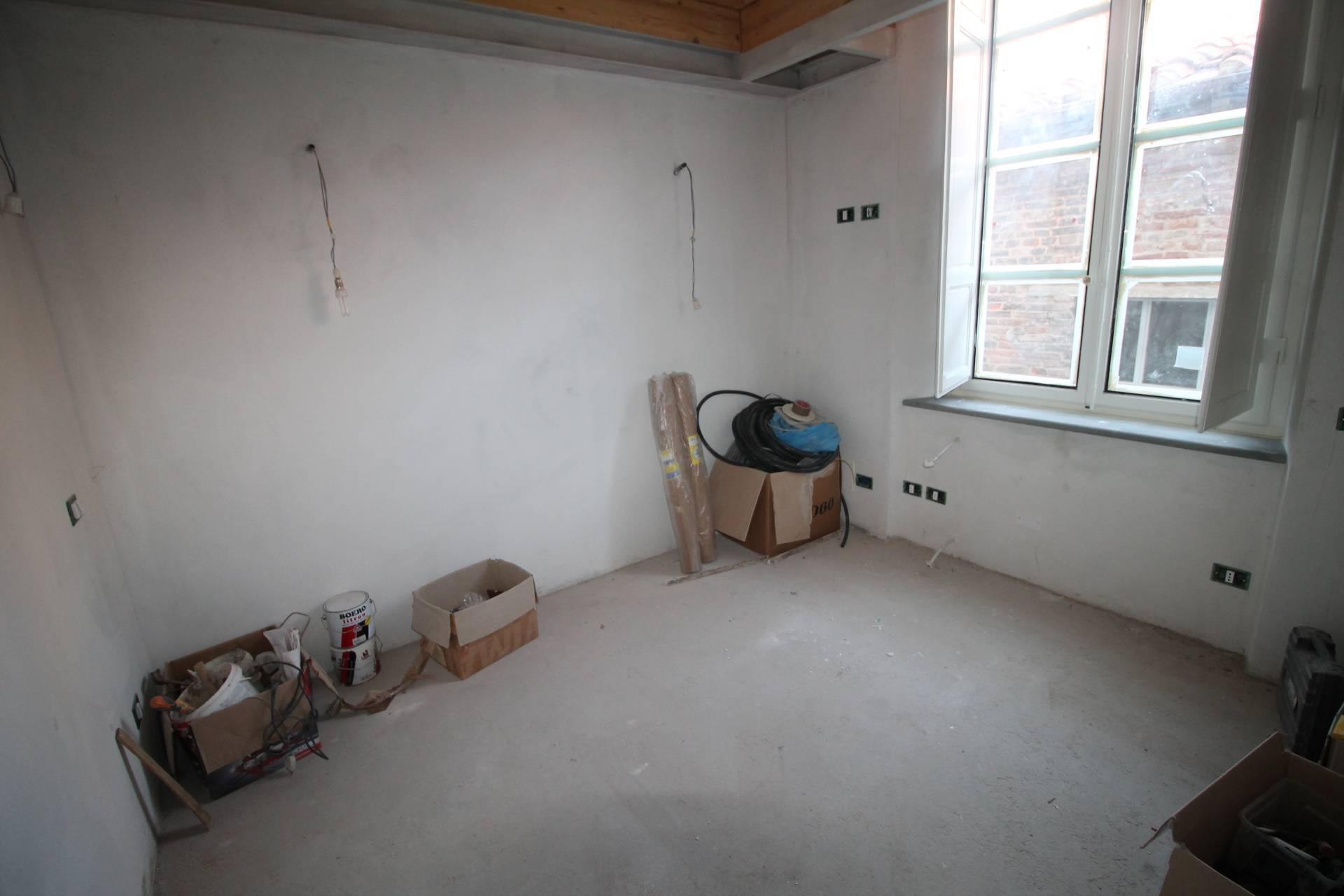 Appartamento in vendita, rif. V2802