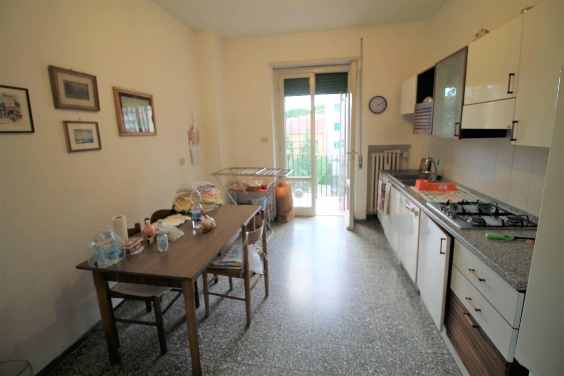 Appartamento in vendita, rif. V2811B