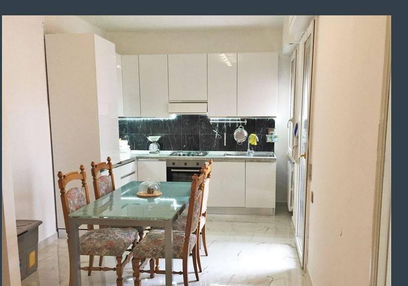 Appartamento in vendita, rif. V2812B