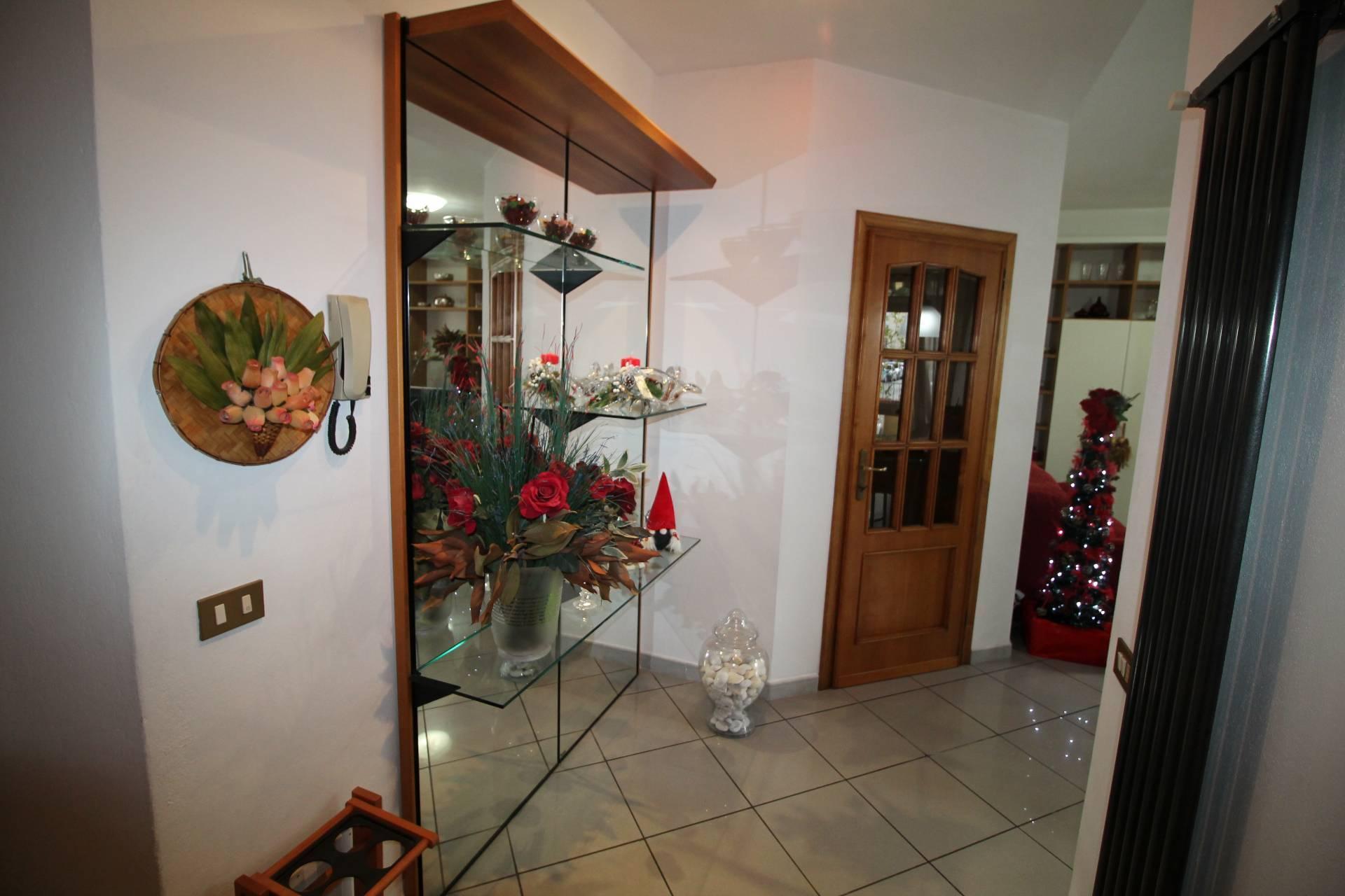Appartamento in vendita, rif. V2824B