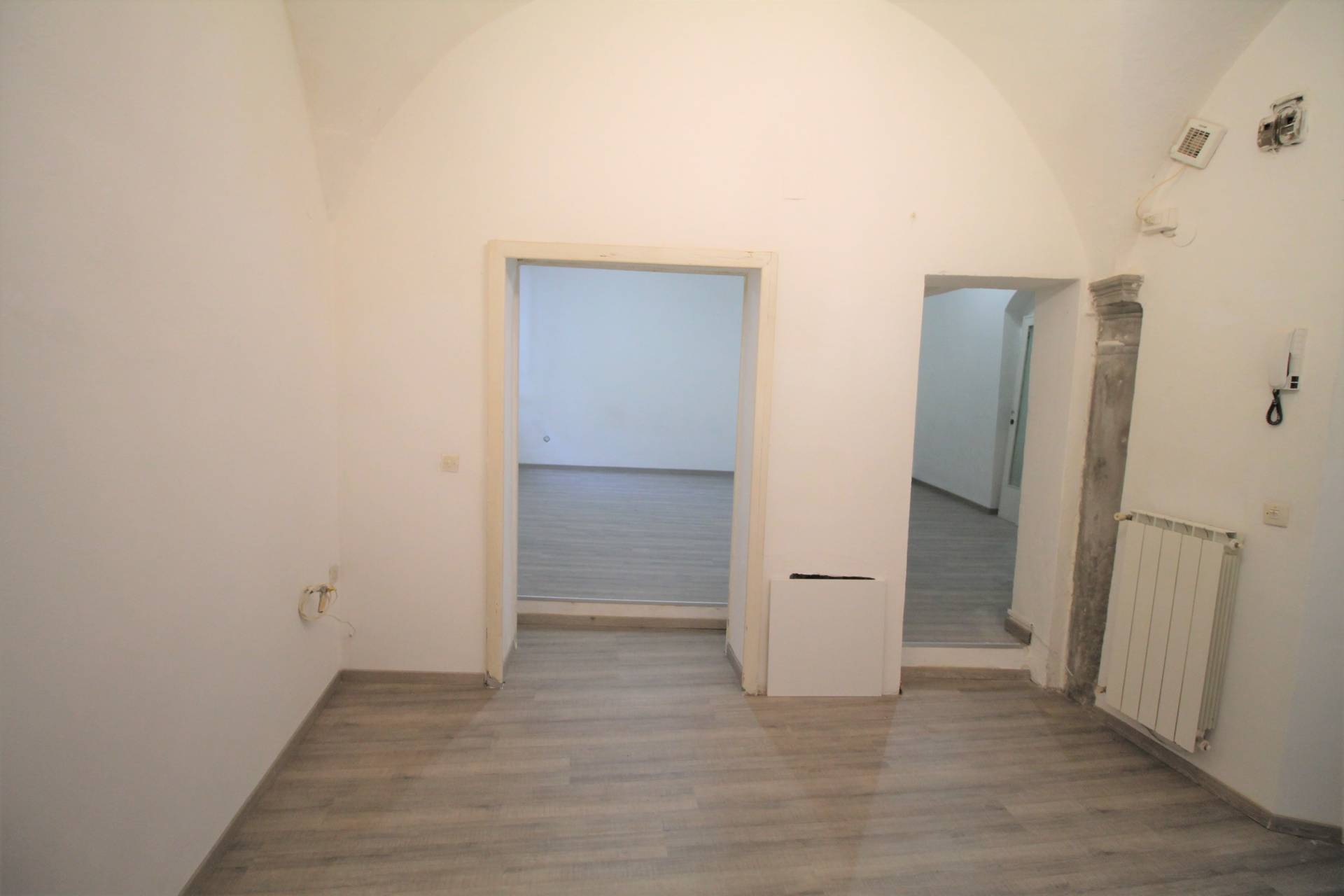 Appartamento in vendita, rif. v2833B