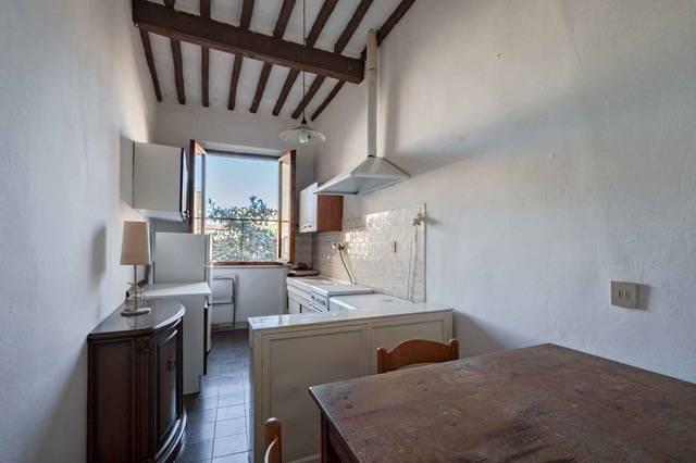 Appartamento in vendita, rif. v2854