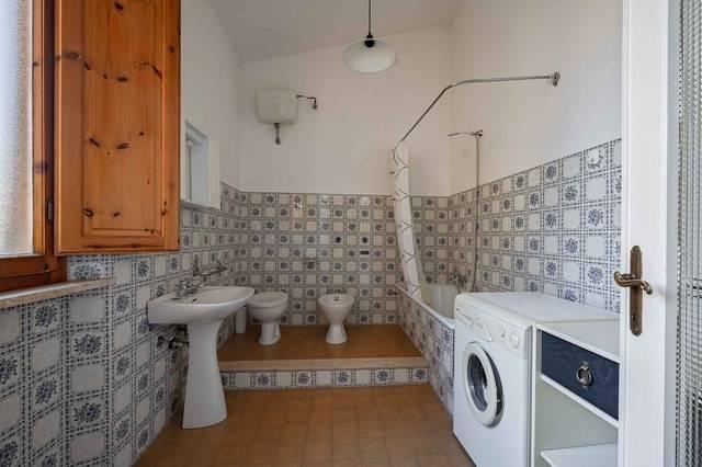 Appartamento in vendita, rif. v2855
