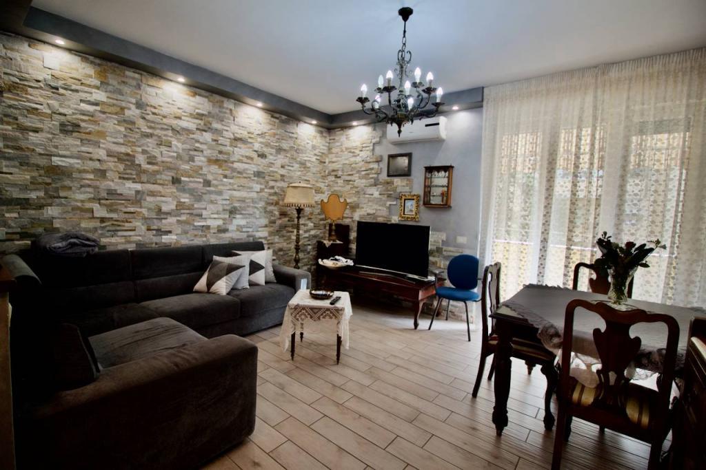Appartamento in vendita, rif. TL2113494-CLB