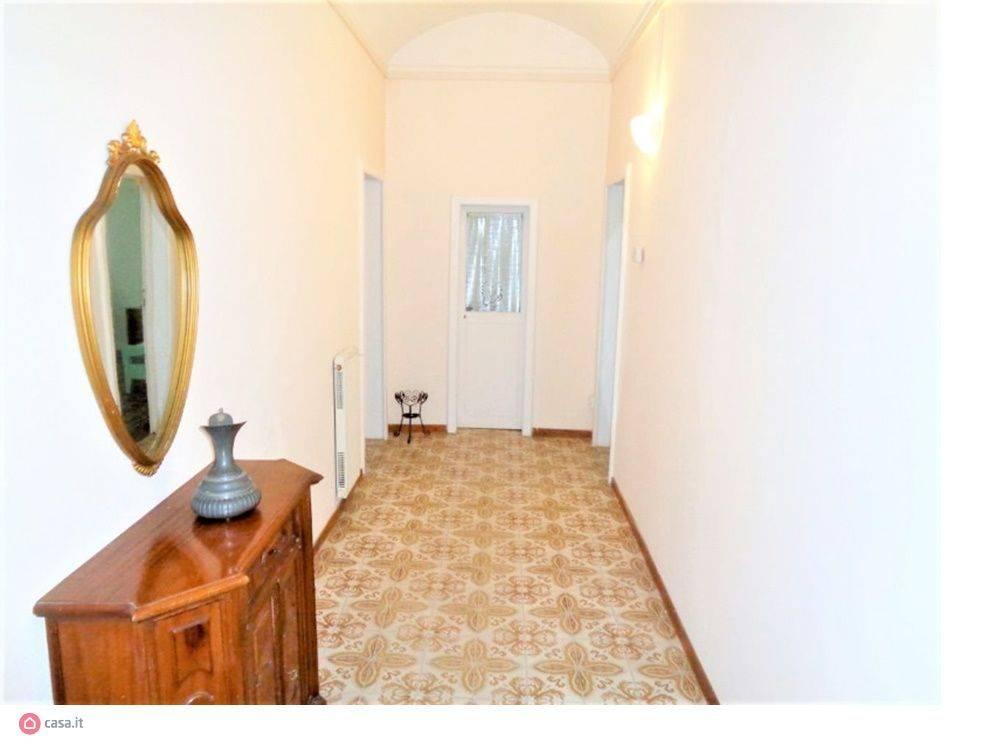 Appartamento in vendita, rif. V2857B
