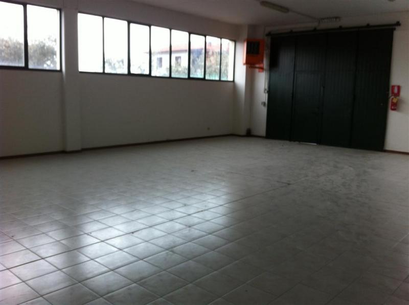 Negozio / Locale in vendita a Loro Ciuffenna, 9999 locali, prezzo € 280.000 | Cambio Casa.it