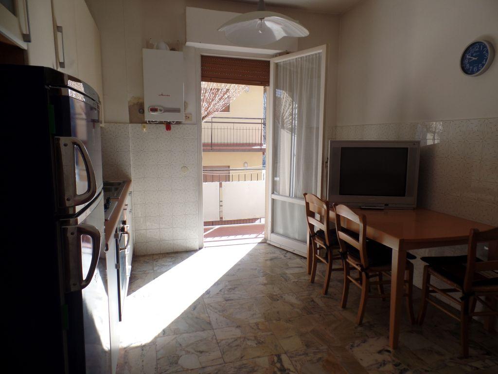Appartamento in affitto a San Giovanni Valdarno, 3 locali, prezzo € 400 | CambioCasa.it