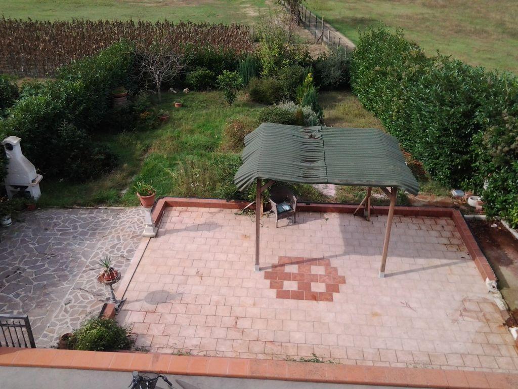 Villa Bifamiliare in Affitto a Montevarchi