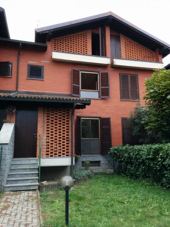 Villa a Schiera in affitto a Garbagna Novarese, 4 locali, prezzo € 750 | Cambio Casa.it
