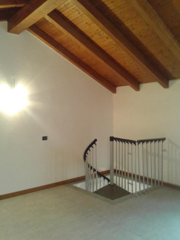 Appartamento in vendita a Romentino, 2 locali, prezzo € 55.000 | Cambio Casa.it