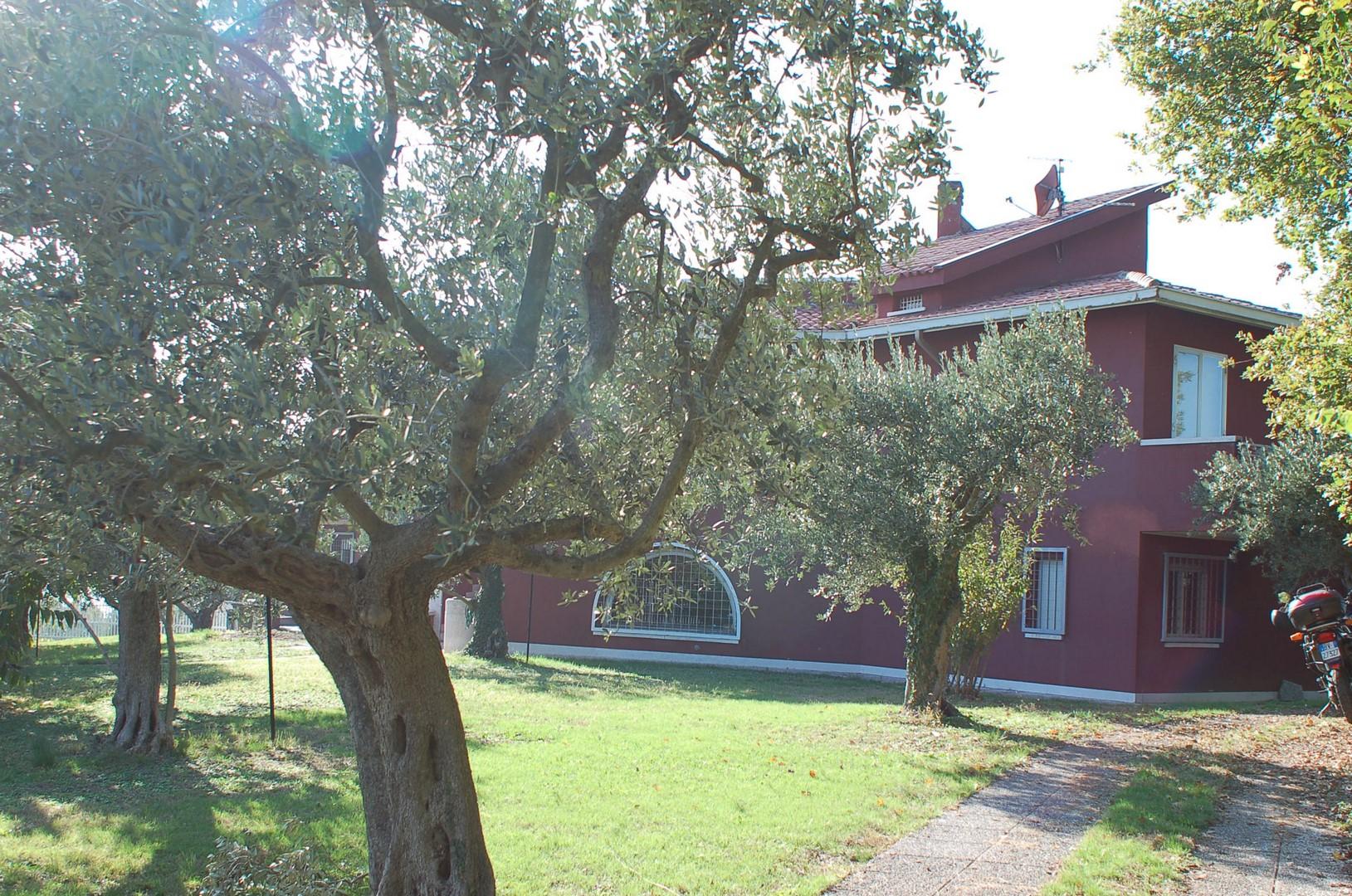 Villa in vendita a Colognola ai Colli, 10 locali, zona Località: MonteconVilla(capoluogo, prezzo € 560.000 | Cambio Casa.it