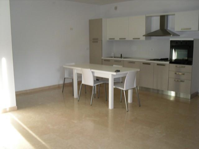 Appartamento in affitto a Montecchia di Crosara, 2 locali, prezzo € 400 | CambioCasa.it