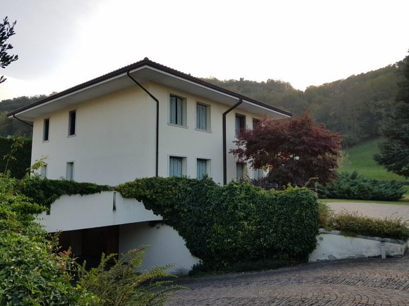 Villa in vendita a Tregnago, 20 locali, Trattative riservate | CambioCasa.it