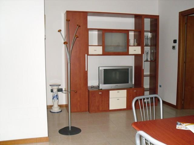 Appartamento in affitto a Soave, 3 locali, prezzo € 430 | CambioCasa.it
