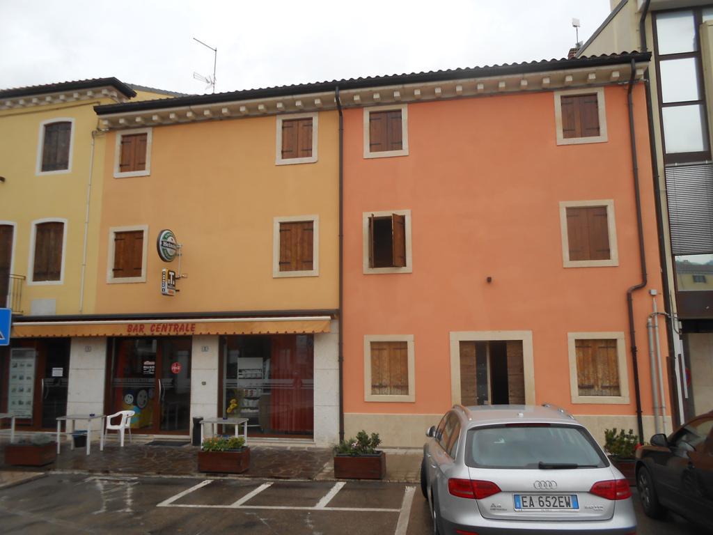 Altro in vendita a Roncà, 5 locali, prezzo € 250.000 | CambioCasa.it