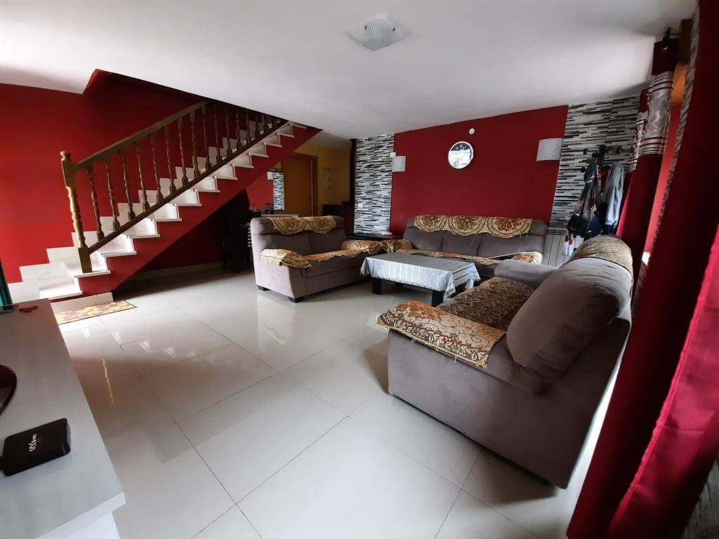 Soluzione Indipendente in vendita a Monteforte d'Alpone, 7 locali, prezzo € 180.000 | CambioCasa.it