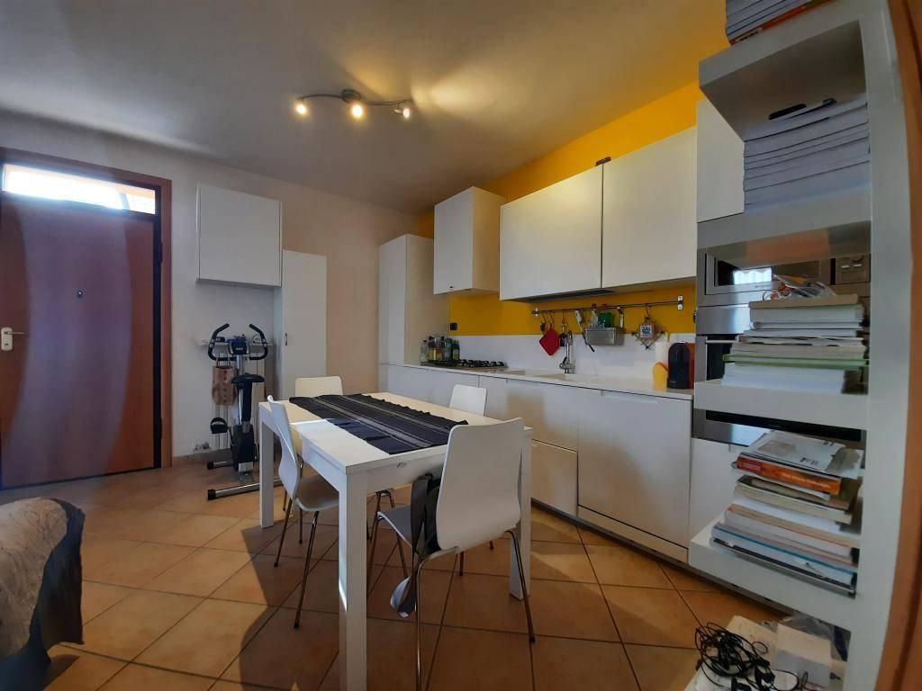 Appartamento in vendita a Arcole, 3 locali, zona Zona: Gazzolo, prezzo € 92.000 | CambioCasa.it