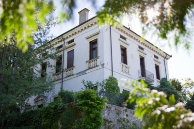 Villa in Affitto a Montecchio Maggiore